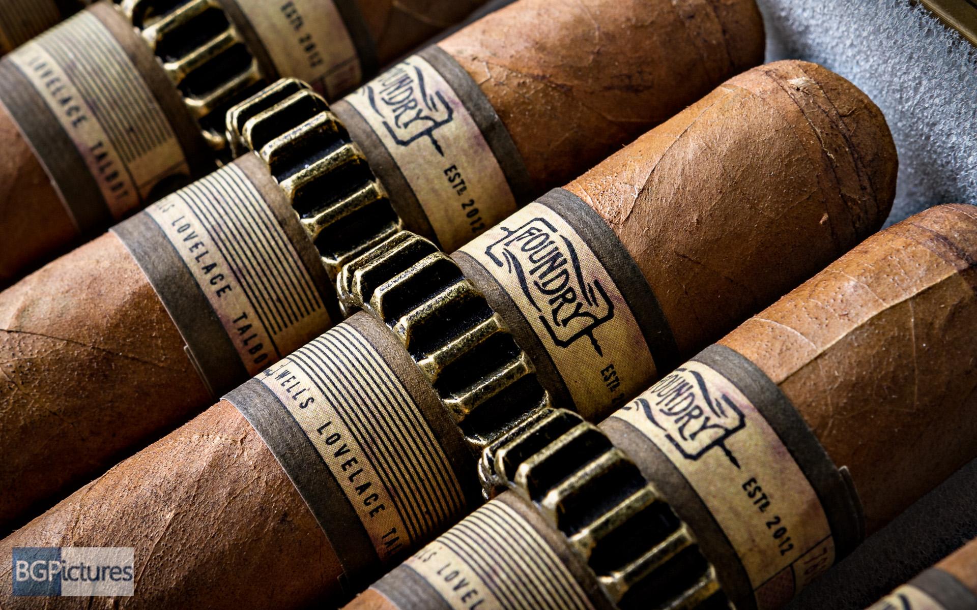 Free Foundry Cigar Art Wallpaper
